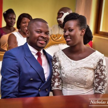 Andrew Kyamagero weds Linda via mikolo.com