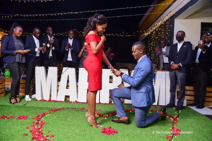Canary proposes to Sasha Ferguson via mikolo