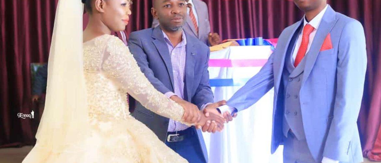 Mitusera Kule weds Miria Kabugho via mikolo